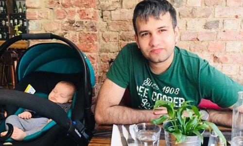 Cătălin vrea să-și crească fetița în România